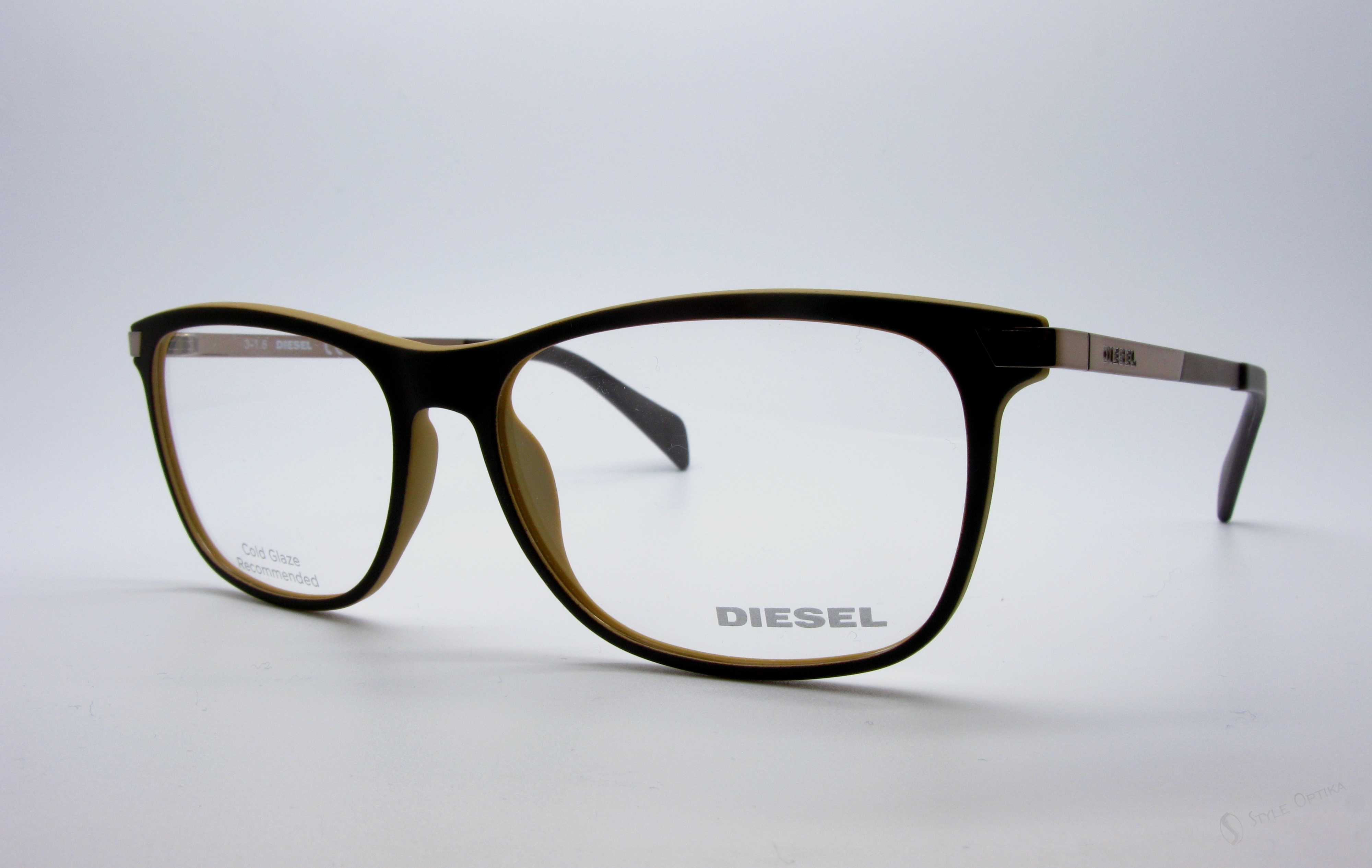 Diesel Model: DL 5218, Colour Code: 049, Frame Colour: GOLD
