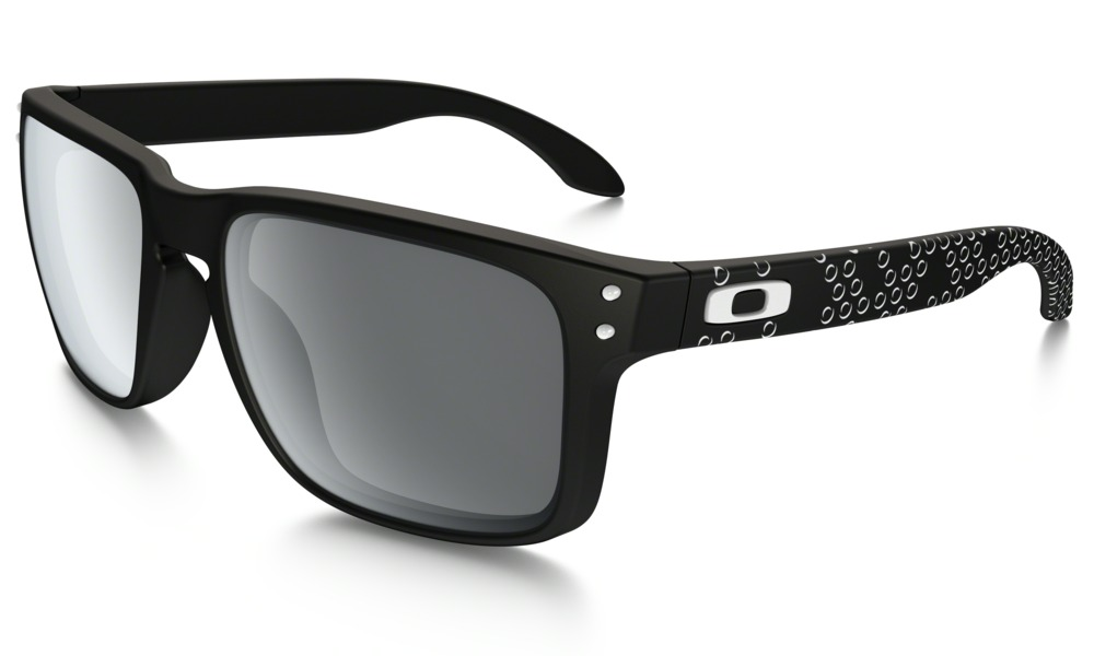Oakley Model: HOLBROOK OO9102, Colour Code: 81, Frame Colour: Matte black