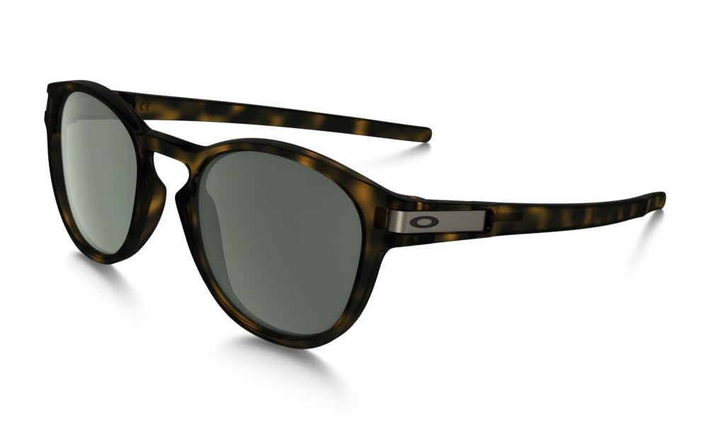 Oakley Model: LATCH OO9265, Colour Code: 02, Frame Colour: Matte brown tortoise