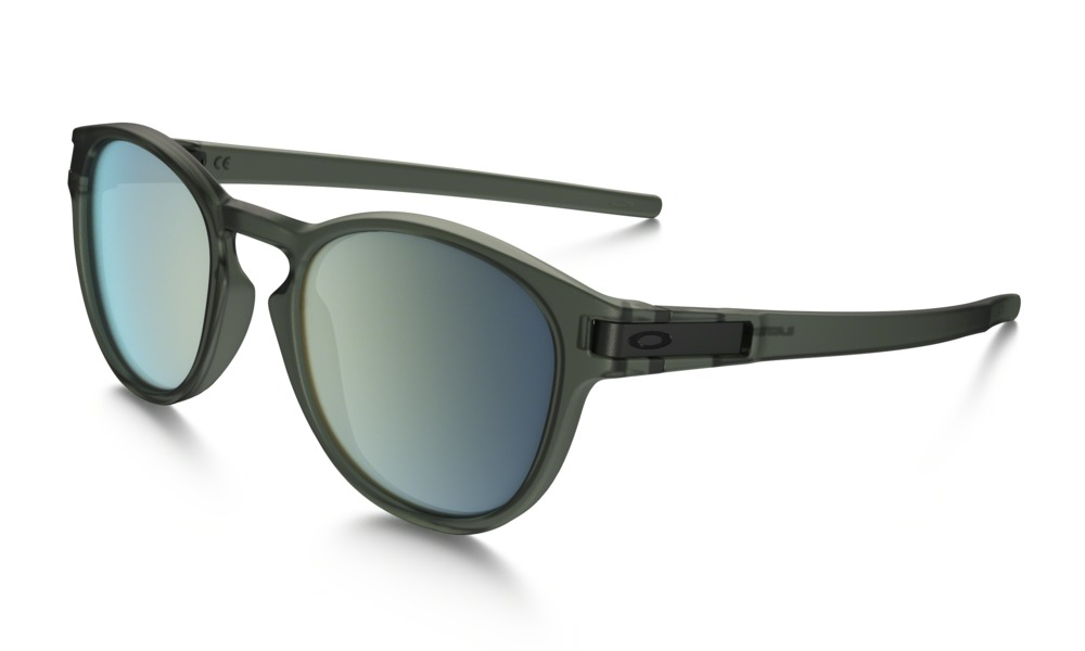 Oakley Model: LATCH OO9265, Colour Code: 05, Frame Colour: Matte olive ink